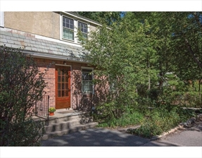 95 Franklin St #95, Newton, MA 02458