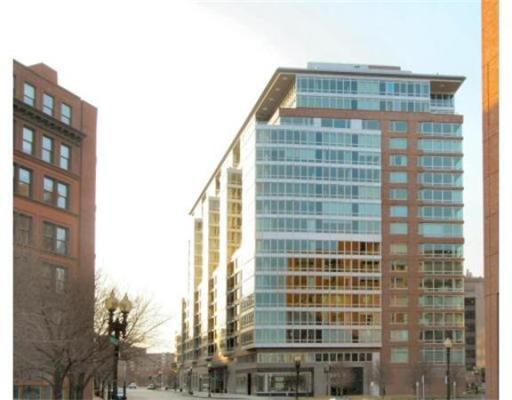 Condominium/Co-Op for sale in One Charles, 12G Back Bay, Boston, Suffolk