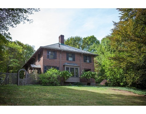 14 Cliff Road, Wellesley, MA