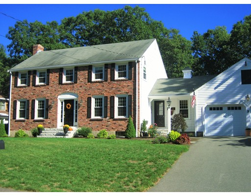 5 Erik Road, Medfield, MA