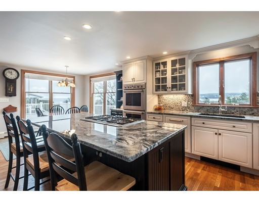 17 Manter's Point, Plymouth, MA