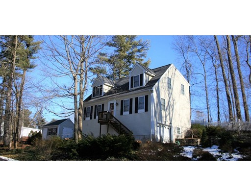 2 Lake Attitash Way, Amesbury, MA