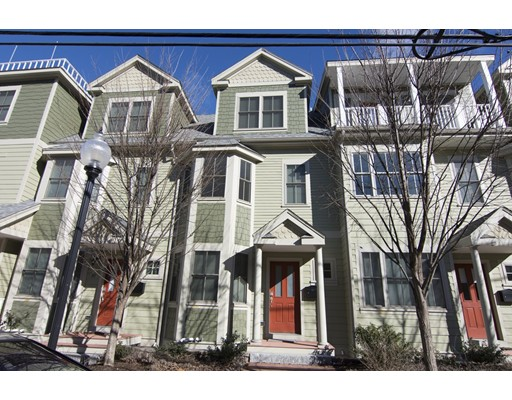 32 Weston Ave, Somerville, MA 02144