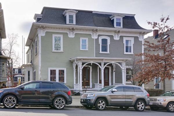 Boston ma contemporary homes for sale boston ma real estate for Contemporary homes for sale in ma