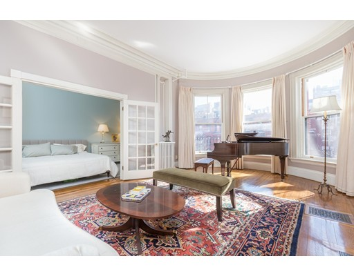 261 Marlborough, Boston, MA 02116