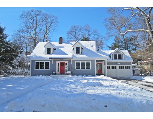 6 Kenilworth Circle, Wellesley, MA