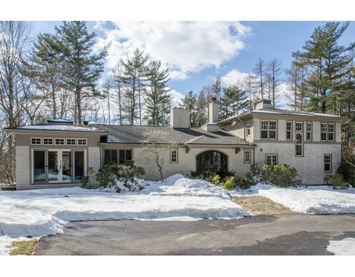 15 Meyer Lane, Hamilton, MA