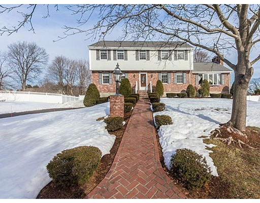 26 Towncrest Drive, Wakefield, MA