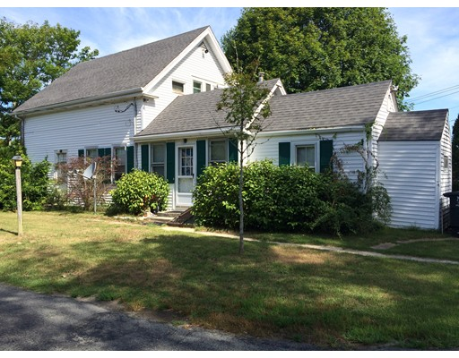 8 Great Neck Road, Wareham, MA 02571