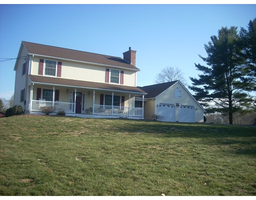 104 Amherst St, Granby, MA