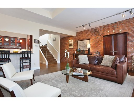 1083 Beacon Street, Brookline, MA 02446