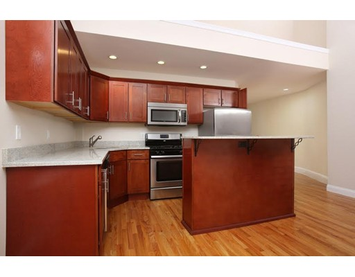 46 S Fairview, Boston, MA 02131