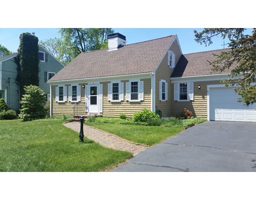 8 Lawton Drive, Newburyport, MA