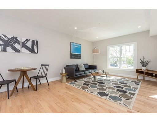 186 Havre, Boston, MA 02128