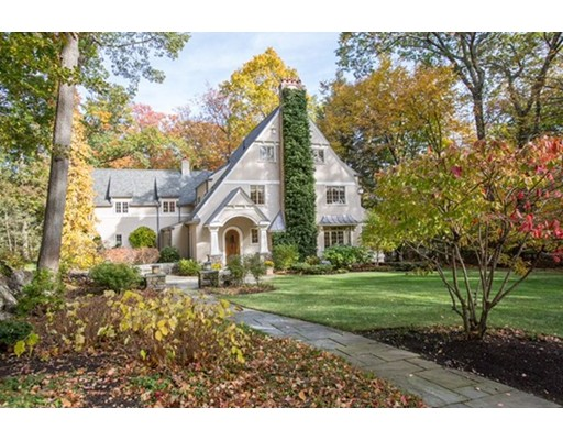 42 Hundreds Circle, Wellesley, MA