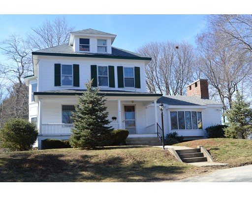 4 Lakeview Avenue, Amesbury, MA