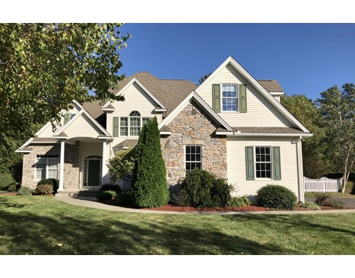 18 Whispering Wind Road, Westfield, MA