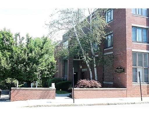 128 Warren Street, Lowell, MA 01852