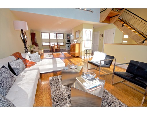 83 Brookside Avenue, Boston, MA 02130