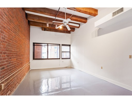 33 Sleeper Street, Boston, Ma 02210