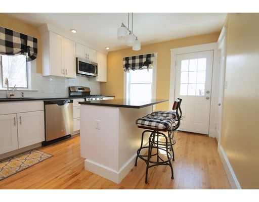 48 Woods Ave, Somerville, MA 02144