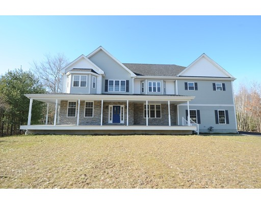 19 Canoe Club Lane, Pembroke, MA