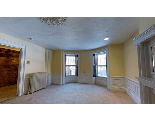 129 Pembroke Street, Boston, MA 02118