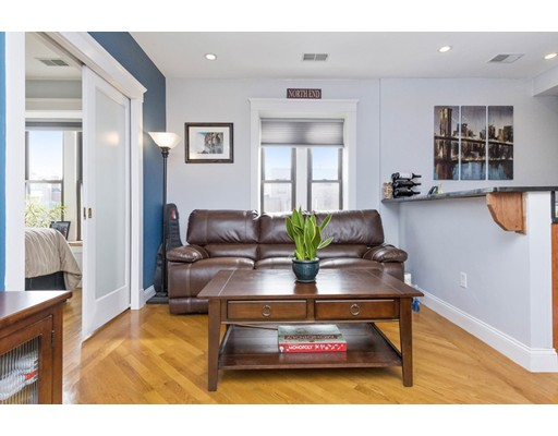 469 Hanover Street, Unit 4R, Boston, MA 02113