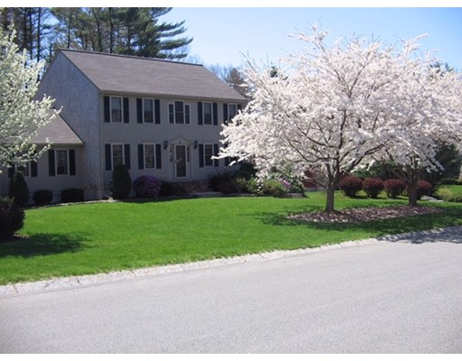 20 Carriage House Lane, Bridgewater, MA