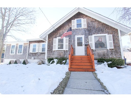 24 Huntington Avenue, Amesbury, MA