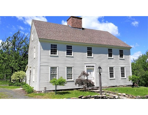 1600 Russell Road, Montgomery, MA