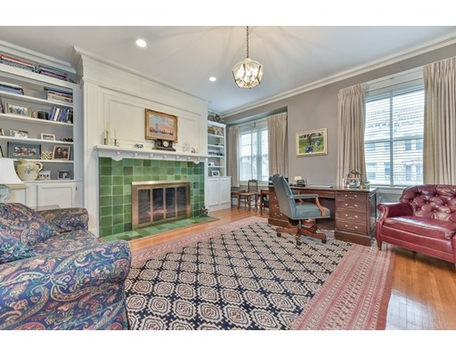 195 Saint Paul Street, Unit 3, Brookline, MA 02446
