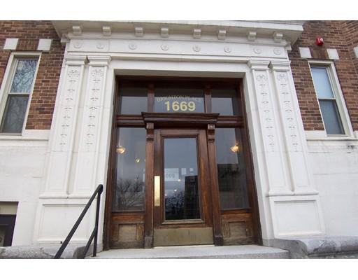 1669 Commonwealth Avenue, Boston, MA 02135