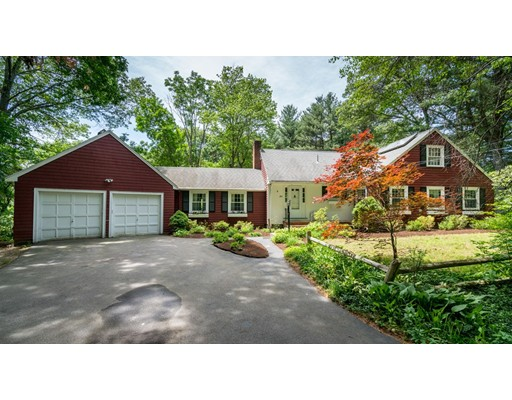286 North Street, Medfield, MA