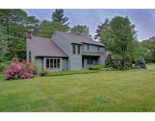Photo of 104 Angelica Drive Framingham MA 01701