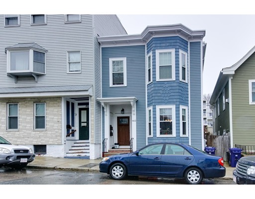 462 E 7th St, Boston, MA 02127
