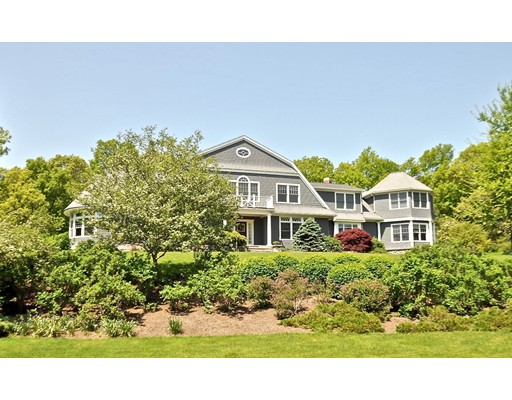 9 Hamlins Crossing, Dover, MA