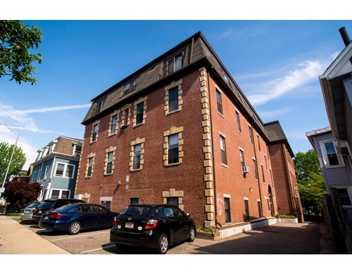 69 Harvey Street, Cambridge, MA 02140