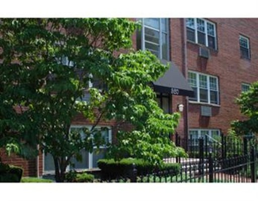 520 Talbot Ave, Boston, MA 02124