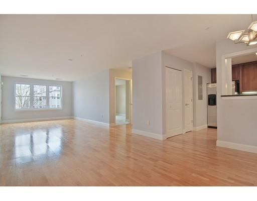 318 Rindge Avenue, Cambridge, MA 02140