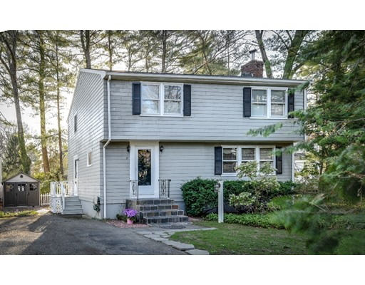 59 High Ledge Avenue, Wellesley, MA