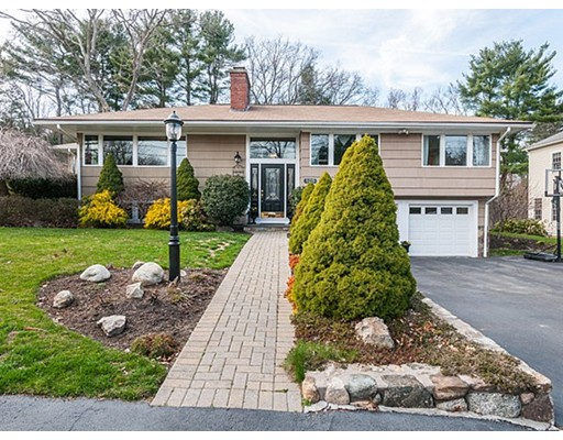 105 Livingston Circle, Needham, MA