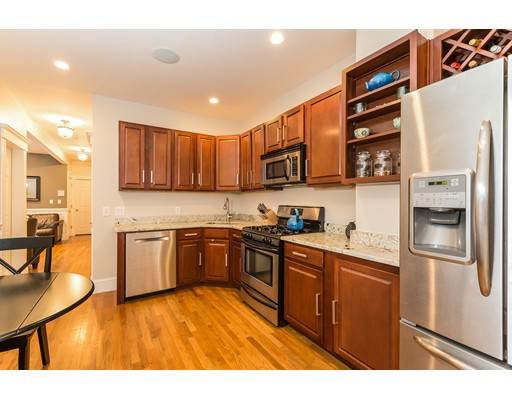 633 E 7th Street, Boston, MA 02127