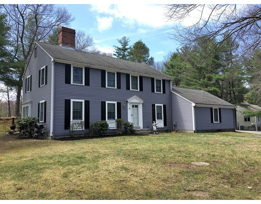 Photo of 16 Edgemere Rd Lynnfield MA 01940