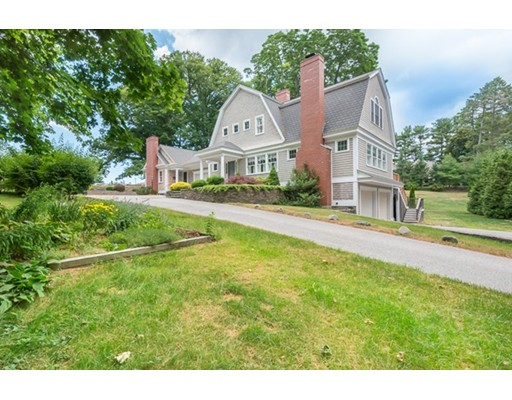 22 Toppans Lane, Newburyport, MA