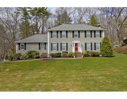 27 Yorkshire Road, Dover, MA