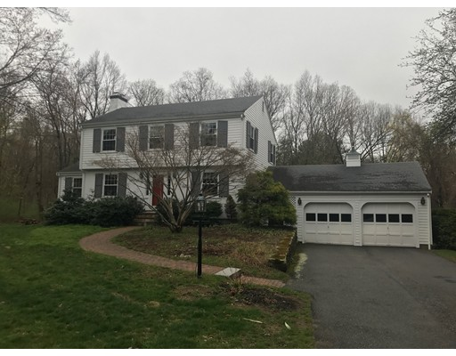 4 Meadowbrook Road, Dover, Ma 02030