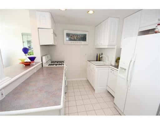 85 East India Row, Unit 28E, Boston, Ma 02110
