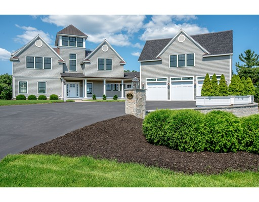 22 Crooked Lane, Manchester, MA