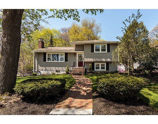 55 Greeley Circle, Arlington, MA